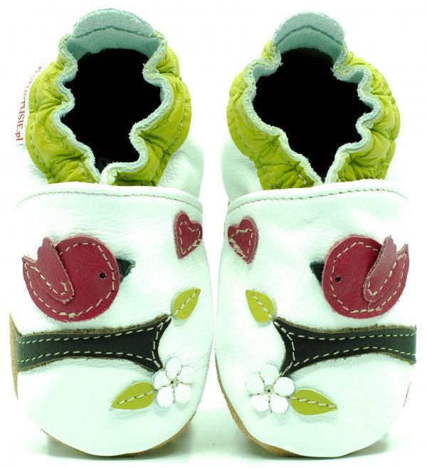 8725381d1 Capík kožené topánočky - kytičky   topanky-detske.sk