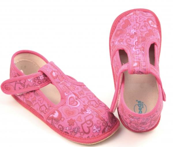 aa1d453897e2e Barefoot papuče růžové srdce užší. Dievčatá. Dětské sandále Renbut ...