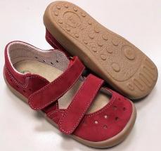 82717ae7eda8 Beda Boty barefoot sandály bordo