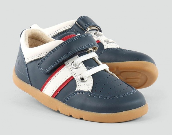Dětské boty Bobux Classic Racer z řady I-Walk patří mezi novinky od firmy  BOBUX 2d4d593da49